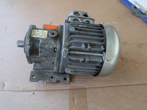 Motoredutor STM .