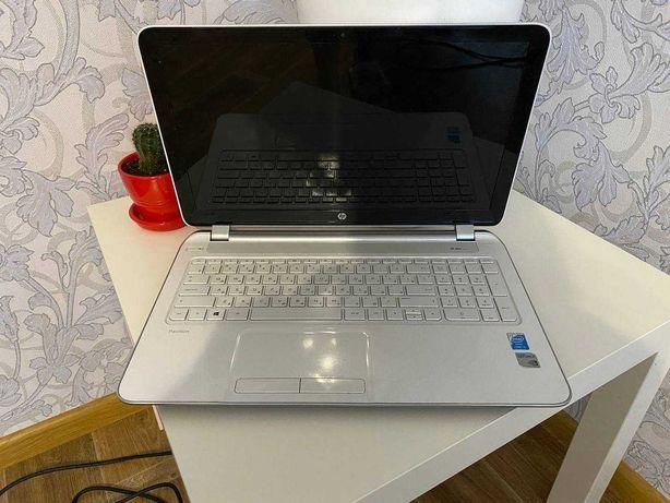 "Ноутбук 15"" HP Pavilion 15-n091er White (F4U43EA)"