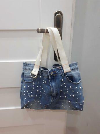 Modna torba jeans z koralikami