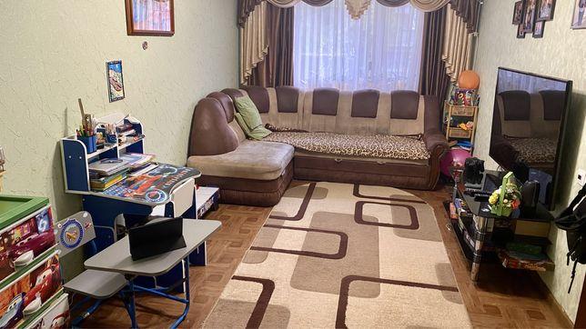2-х комнатную квартиру с кладовкой и погребом, ж/д вокзал.