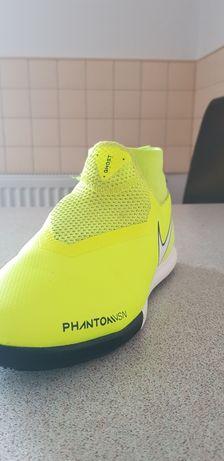 Nike phantom ghost
