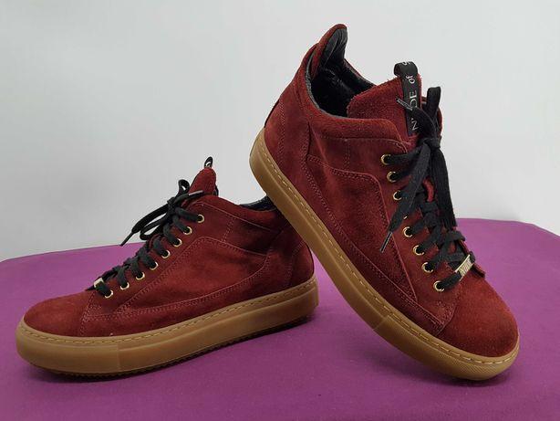 Ботинки сникерсы Nude eur-38 стелька 25,5 см на длину стопы 24,5-25