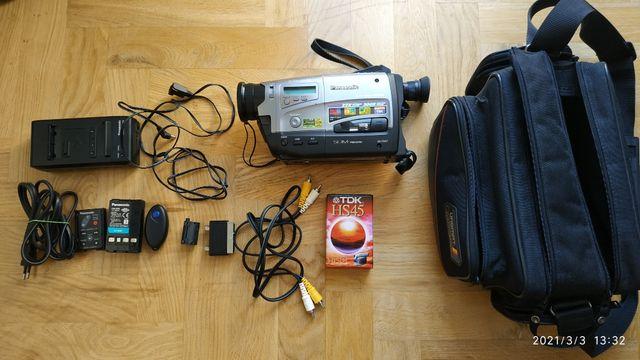 kamera VHS-c Panasonic NV-RX67EG