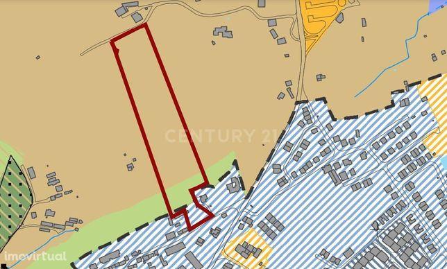 Terreno misto 24.000 M2 com duas frentes em Lourel - a 2 Kms Centro Hi