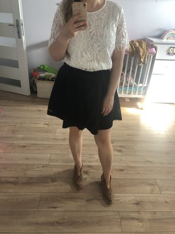 Czarna spodnica, spodniczka z koła