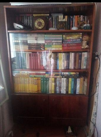 Книжный шкаф 200р