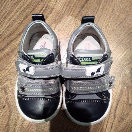 Chłopięce buty Coccodrillo rozmiar19