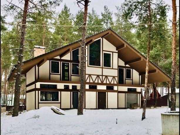 """Шикарный дом в стиле """"Шале» в Святогорском лесу."""