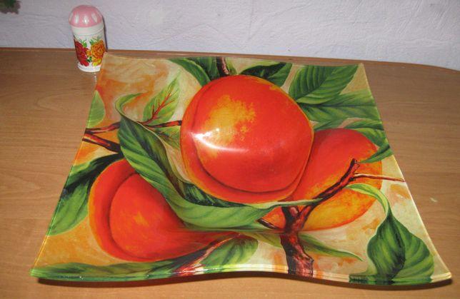 тарелка для фруктов фигурная