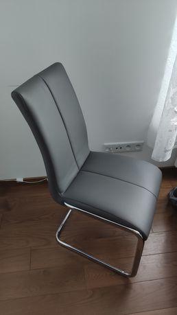 Krzesła do jadalni/salonu 4 sztuki-kpl (175zl/szt)