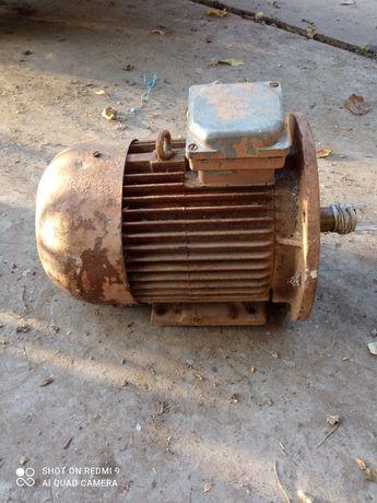 Електродвигатель 5,5 кВт, 2,2кВт мотор редуктор