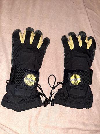 Перчатки лыжние Max Drive