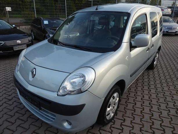 Renault Kangoo пасс. 2010 год, 1,5 дизель
