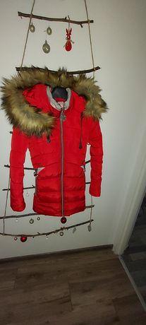 Gruby zimowy płaszcz