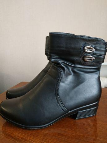 Демисезонные ботинки,сапожки. НОВЫЕ!