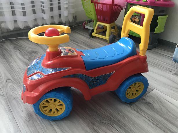 Детская машинка - каталка