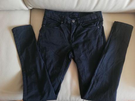 Czarne spodnie Medicine 34