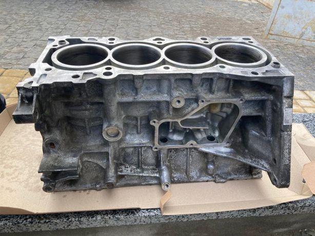 Блок мотора рік 2018 мазда CX5 мазда 6 розборка багато запчастин