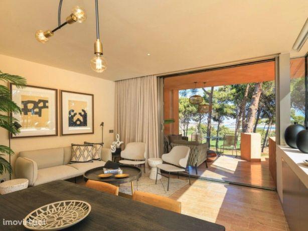 Apartamento T1+1 em Resort com jardim e piscina