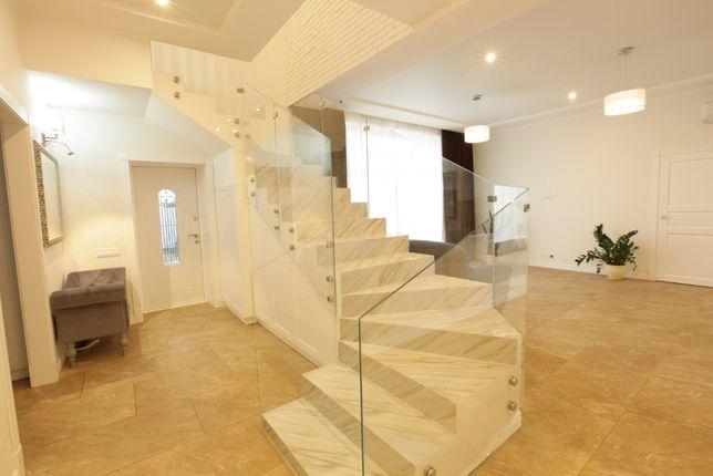 Достойный дом современной постройки в Совиньоне-3