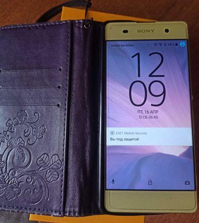 Sony Xperia f 3112 золотой
