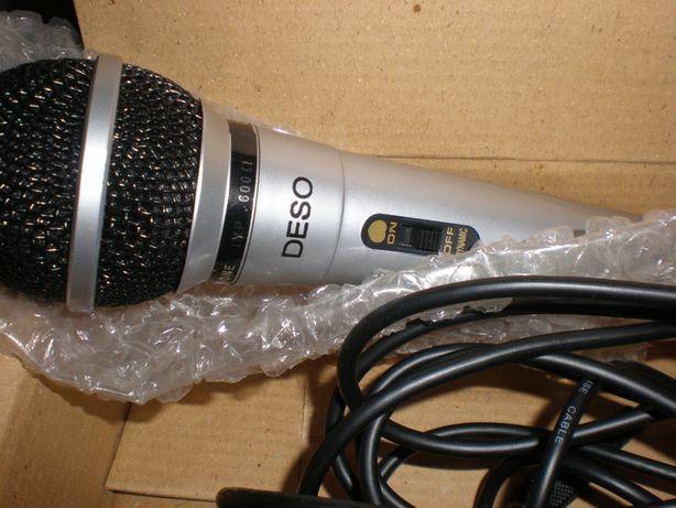 Микрофон для звукозаписи и караоке.