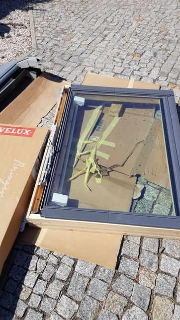 Okno dachowe oddymiające (klapa oddymiająca) 78x140