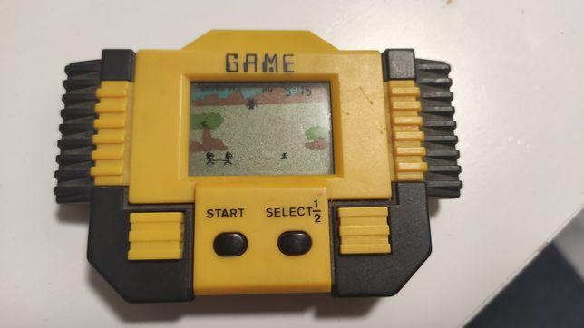 Żółta gra elektroniczna SPRAWNA łapanie mrówek PRL retro