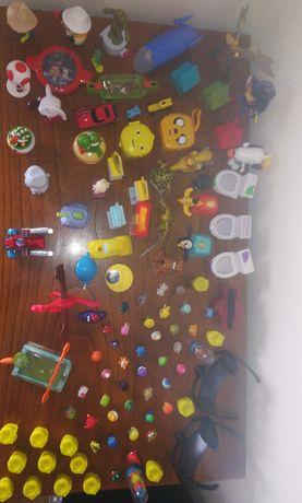 Vários brinquedos para crianças. *Ler descrição*