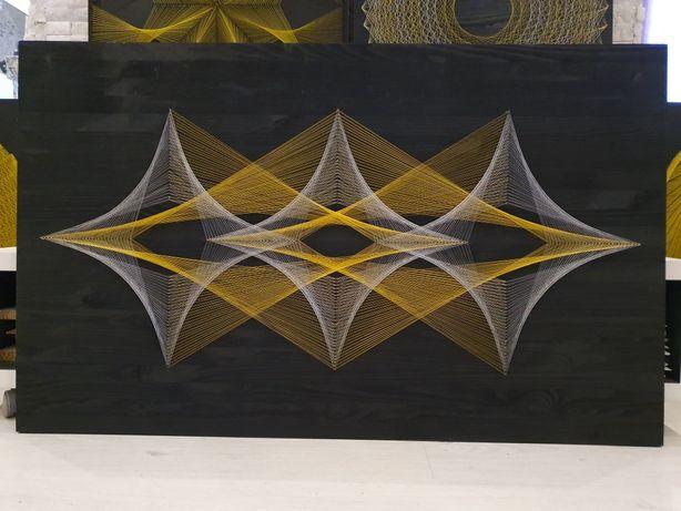 Картины черные с золотом в технике стринг-арт