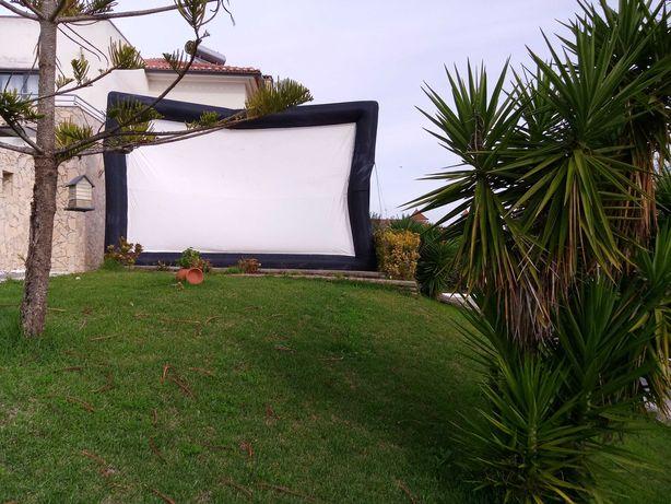 Ecran gigante para projecção 6mts largura e 4mts de altura