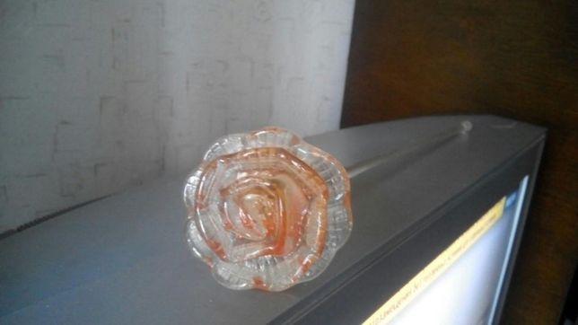 Стеклянная роза 25 руб