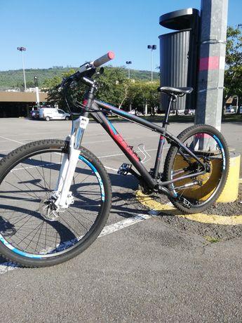 Bicicleta BTT 27.5