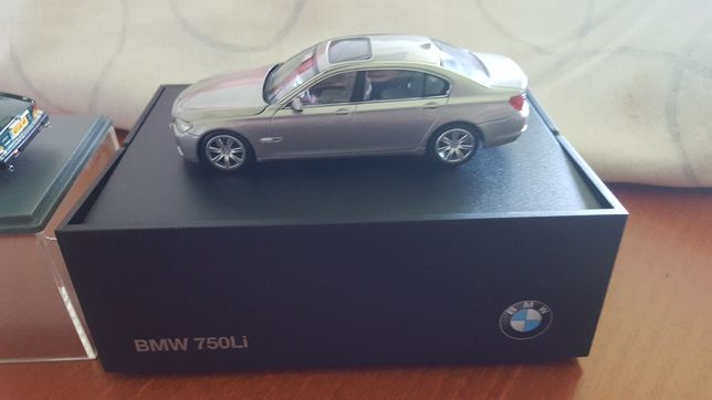 BMW e JAGUAR...miniaturas