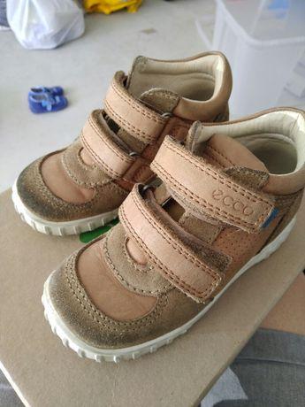 Ecco buty skórzane na wiosnę
