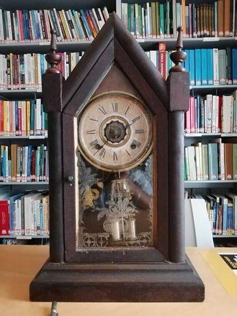 Relógio de Capela