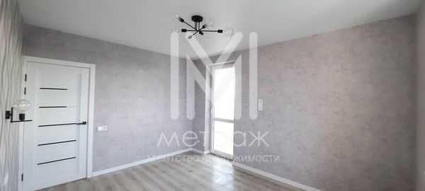 Продам 2-хкомнатную квартиру с ремонтом ЖК Луч