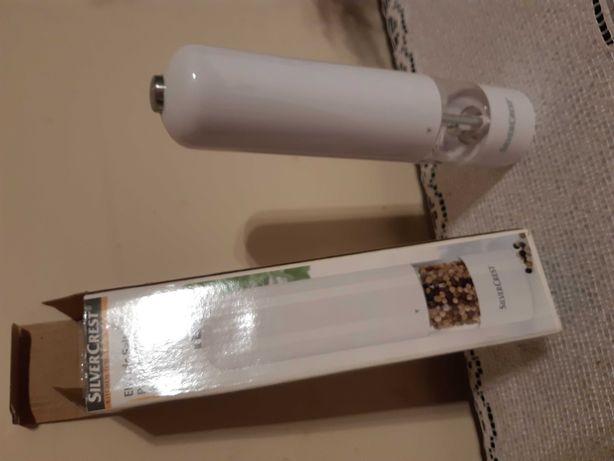 Elektroniczny mlynek SilverCrest nowy