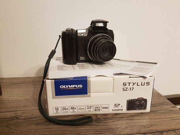 Aparat cyfrowy Olympus SZ-17