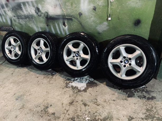 Колеса BMW X5 R17 235/65 ЗИМА 7мм. состояние идеал