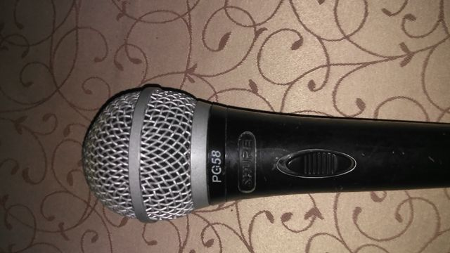 Микрофон SHURE PG 58