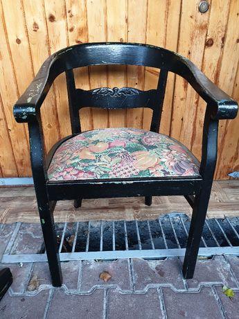 stary fotel 150 lat