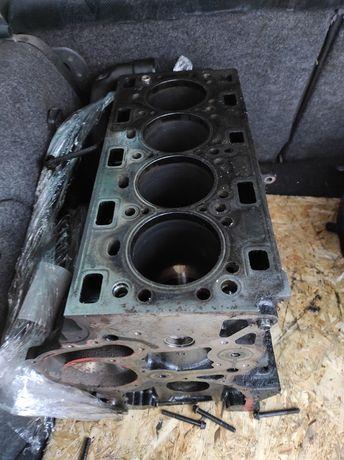 Двигатель блок Рено мастер мовано renault master movano 2.5 dci