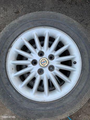 4 Jantes R16 Chrysler 5x114.3 com pneus 225/60R16