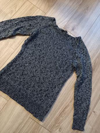 Sweter ze świecącą nitką  rozm.S