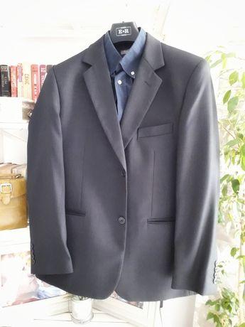 Чоловічий класичний костюм, мужской деловой костюм
