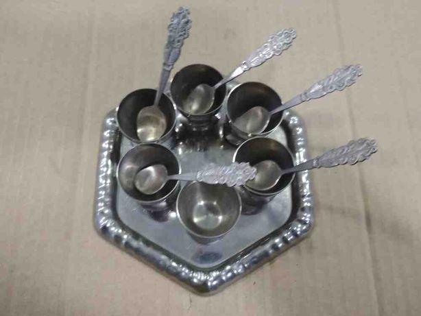 Набор никелированных стопок с подставкой и ложками