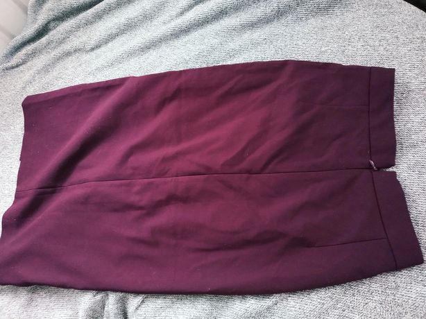 Seksowna spódnica ołówkowa bordowa z rozcięciem z przodu mohito XS S