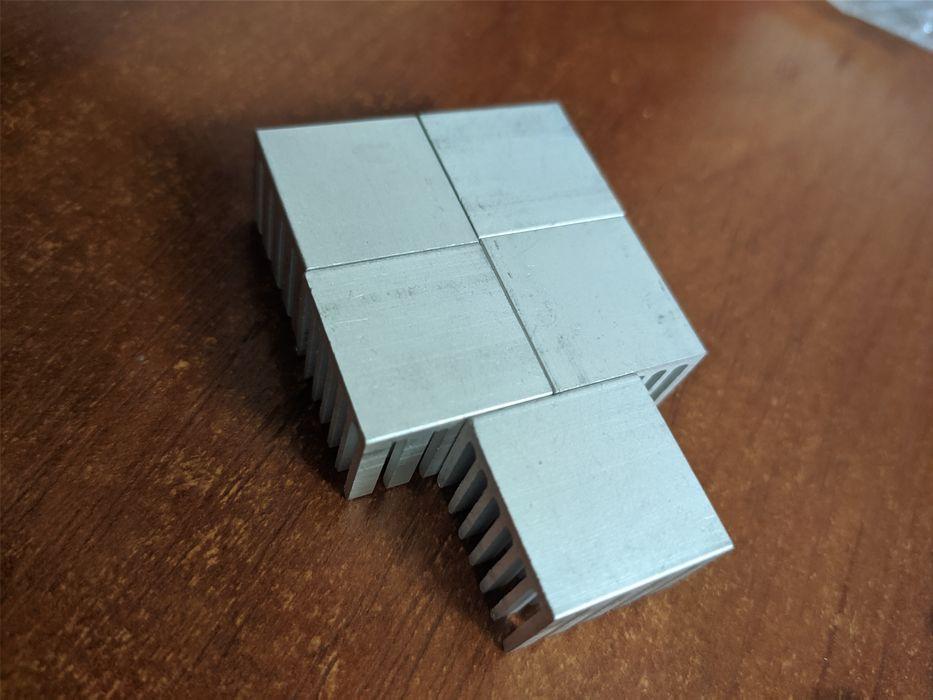 Алюминиевые радиаторы 20 х20 х15 мм. Луганск - изображение 1