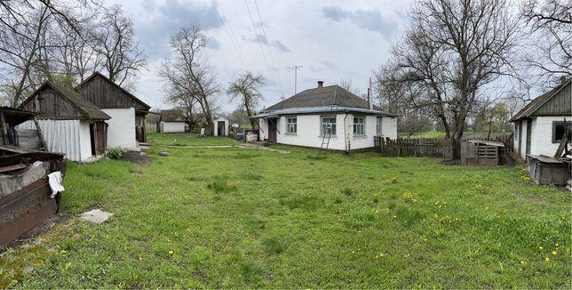 Будинок в селі